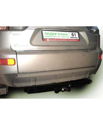 Фаркоп Lider Plus M105-FC для Mitsubishi Outlander XL